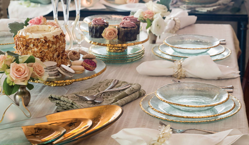 annie glass tablescape